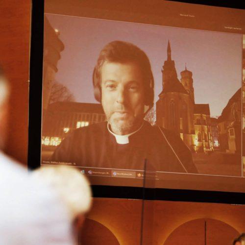 Sommersynode 2021 – Raus aus dem Kirchenschiff.